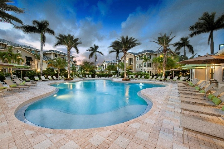 Sale of Ultra-Luxury, Garden-Style Property in Florida Facilitated by Walker & Dunlop Investment Sales